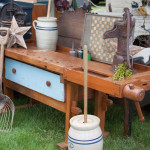 Primitives and Country Decor